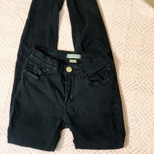 True religion size 25 HALLE mid rise super skinny.